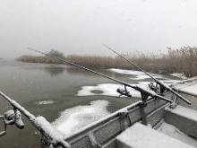 River icing up as we are fishing